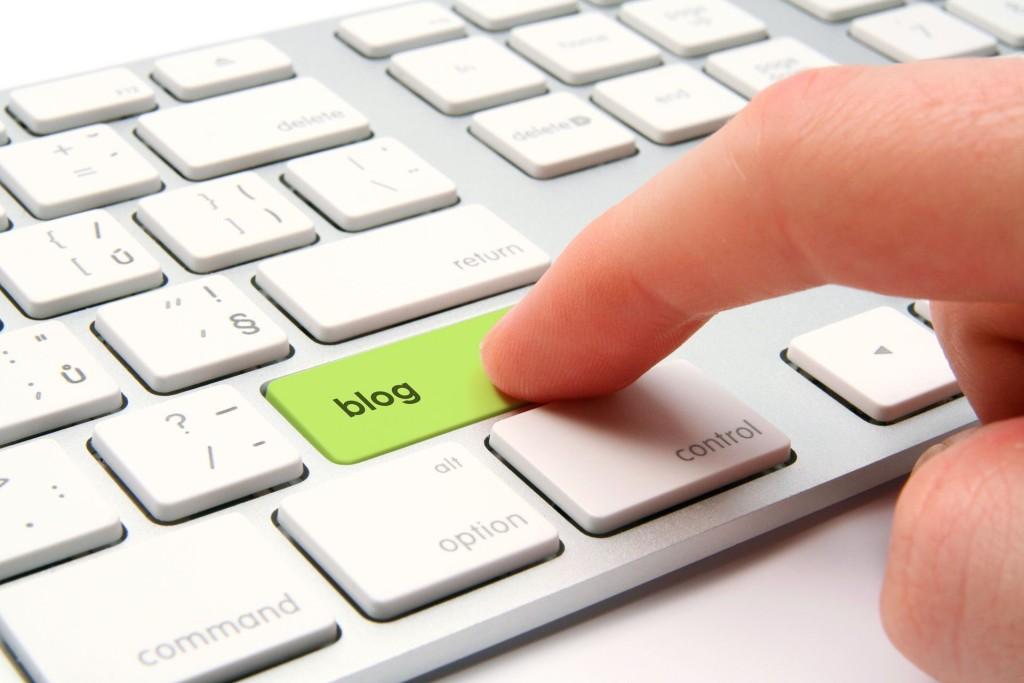 Blogging-Keyboard-Enter-Button-Wallpaper